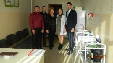 Олександр Саєнко долучився до оновлення шкільного медкабінету