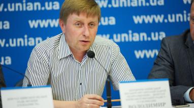 Володимир Філіппов: Київрада повинна забрати незаконні будівництва у власність міста