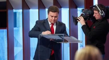 Кандидат у Президенти від «Відродження» Віктор Бондар підписав Декларацію на захист свободи слова