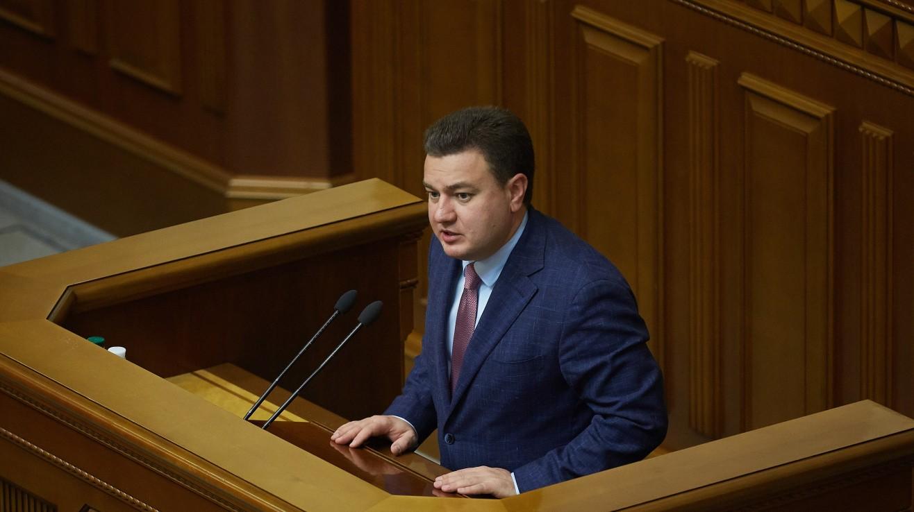 «Нафтогаз» жирує, а простих українців заганяють у борги шаленими тарифами, – Віктор Бондар