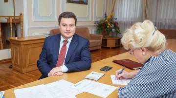 Віктор Бондар подав документи до ЦВК для реєстрації кандидатом у Президенти