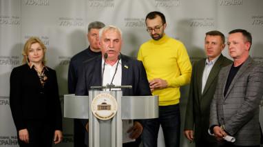 Василь Гуляєв звернувся до керівництва країни з вимогою зупинити корупційні схеми в портах України