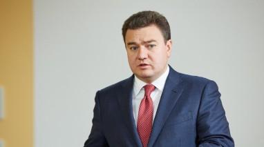 Виктор Бондарь предлагает повысить зарплаты сотрудникам «Укрзалізниці»