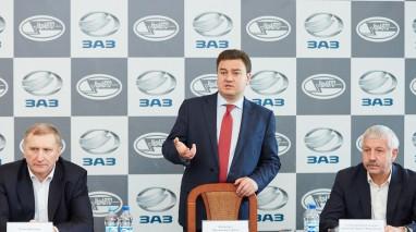 У рамках робочої поїздки кандидат у Президенти від Партії «Відродження» Віктор Бондар відвідав ЗАЗ