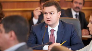"""""""Відродження"""" вимагає розглянути законопроект щодо участі переселенців у місцевих виборах, а також хоче звіту всіх міністрів"""