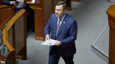 В «Відродженні» призвали парламент исправить ошибки медреформы